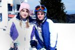 Skiing-in-Taos-Rocky-Mountains